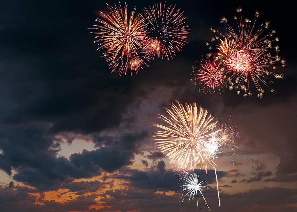 Guest Blog: 5 Tips for Photographing Fireworks